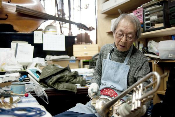 被災した楽器を直し、 もう一度音を届ける