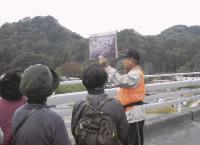 2011 年8 月から開始し、4ヵ月間で1600 人を動員した 「大津波語り部」。今後は、今と未来を語る内容にしていく。