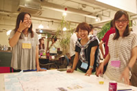 月1回で開催している移住者のリアルな集い「京都移住茶論(サロン)」。毎回趣向を凝らし、この回は京都のさまざまなテーマで地図づくりをした。