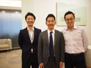 左から岩永さん、市川さん、坂本さん