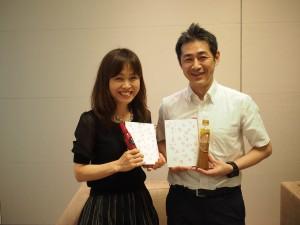 資生堂CSR部の家田さん(左)と盛さん