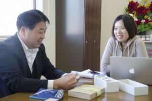 東京と気仙沼の二拠点生活を送るスタッフらと共に、マーケットの最新情報を考慮し商品化します。