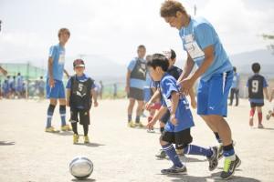毎年のサッカー教室で会う子どもたちの成長を選手も楽しみにしている ©川崎フロンターレ