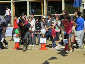 石巻市雄勝町のMORIUMIUSで開催された運動会に社員が参加