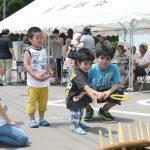 夏祭りも共催し、子どもらとも交流を深めた(いわき市、写真提供=支援室)
