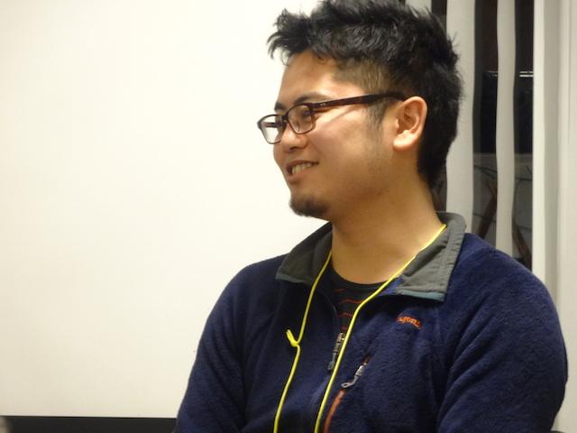 安田 健司 氏 (公益社団法人sweet treat 311/右腕OB) 千葉県出身。現在28歳。在学中に災害ボランティアとして雄勝町で活動。現地のこどもたちの力になりたいという想いからETIC.他 2つのNPOでのインターンを経て2012年に右腕として参画。教育支援活動の企画・運営を行う。2013年からは、廃校を全国・世界のこどもたちの複合体験施設として改修するプロジェクトの事務局・コーディネーターも併任。 昨夏モリウミアスオープン後は自然の中での暮らしの体験プログラムの現地責任者を務める。現在、自身も漁師となるべく駆け出し修行中。