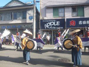 商店街にて、伝統芸能も披露されていました。