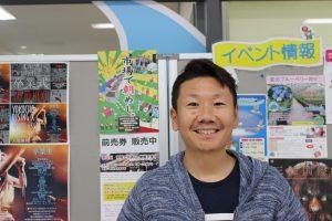 観光によるまちづくりに情熱を注ぐコヤマ菓子店の小山さん。市民一人ひとりの意識醸成が必要と指摘する。